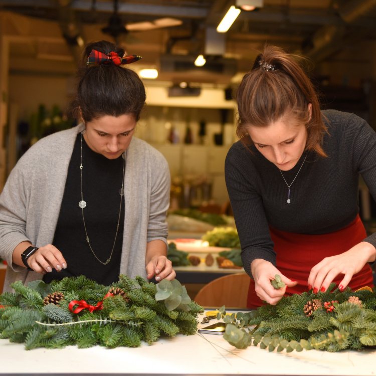 Christmas wreath making at The Yards