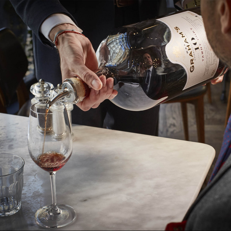 2850 wine bar