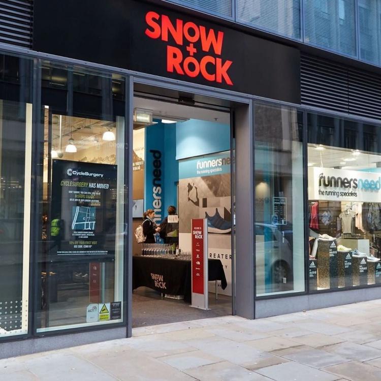 snow + rock outdoor shop covent garden