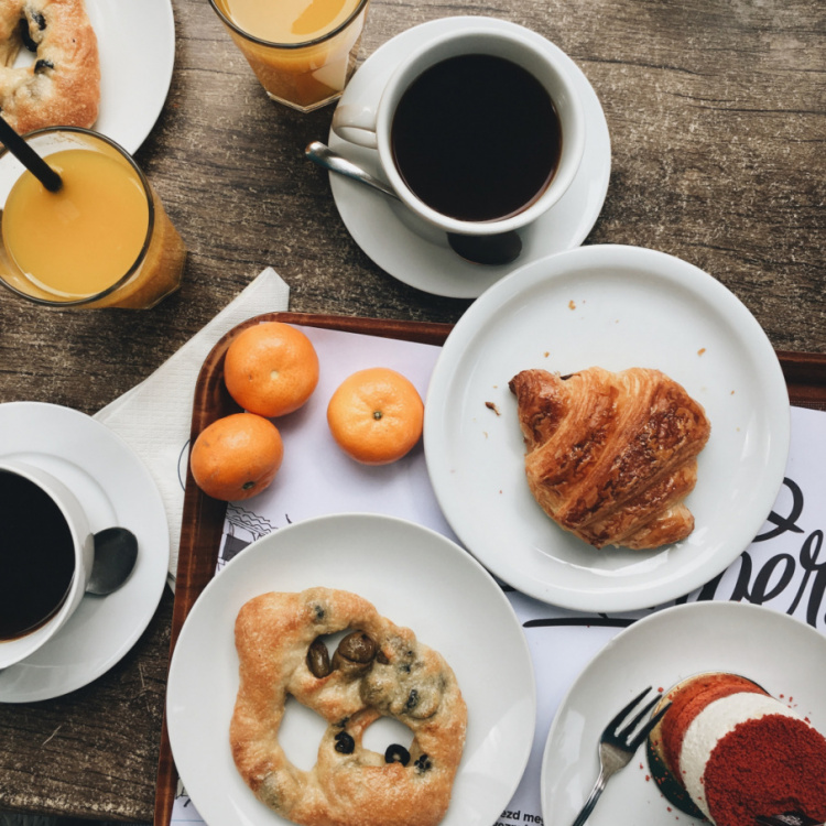 coffee and brunch at Arôme