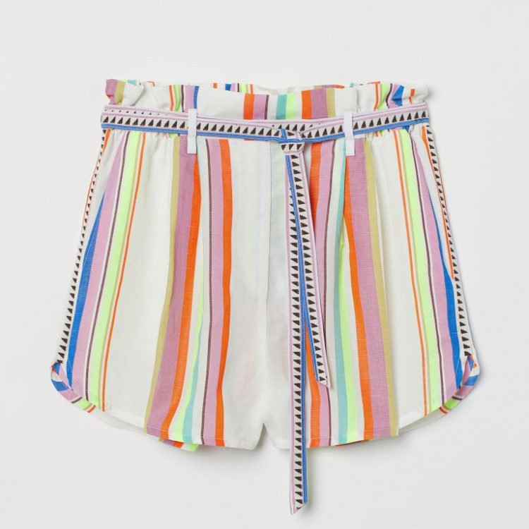 H&M colourful stripy shorts spring style